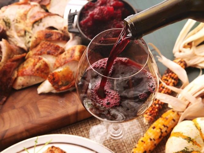 Si me tomas en frío engaño: los mejores lugares para tomar vino en Sevilla