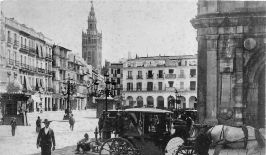 15 fotografías antiguas de Sevilla para mirar al pasado