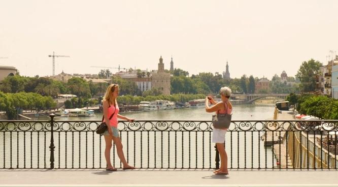 10 cosas que no debes hacer en Sevilla para no parecer guiri