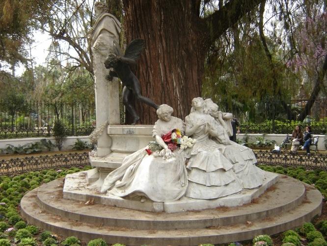 estatuas de sevilla