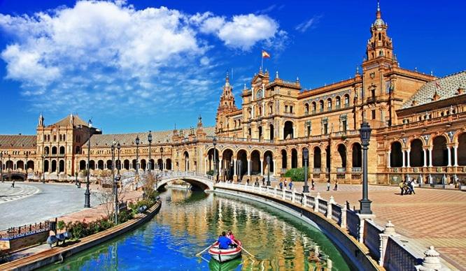 12 razones por las que nunca deberías ir a Sevilla