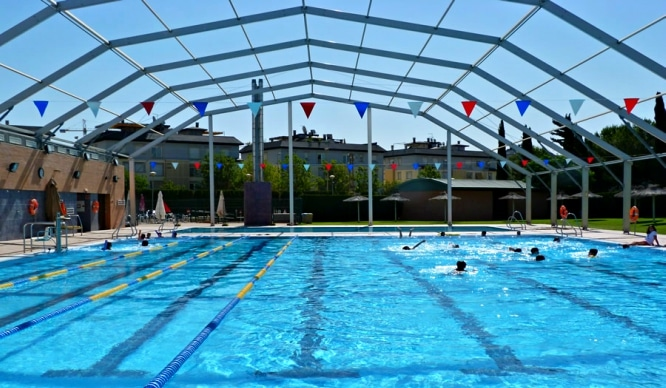 Guía de piscinas públicas en Sevilla para este verano