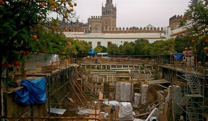 Se abre la cripta del Patio de Banderas para visitas