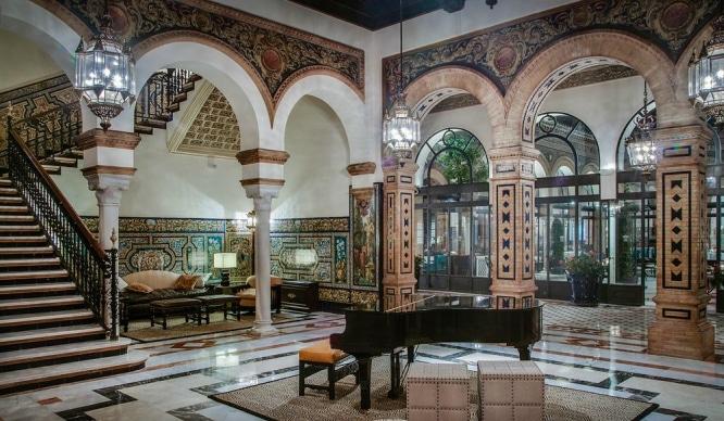 ¿Quieres remodelar tu casa? El Hotel Alfonso XIII subasta 600 muebles