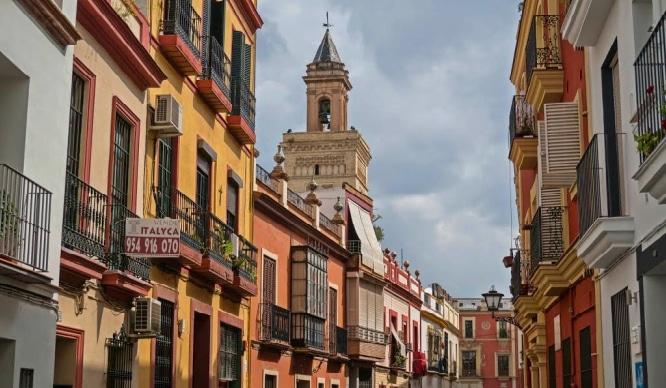 7 lugares clave para conocer la calle San Luis