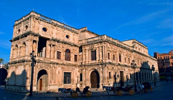Descubre cómo visitar el Ayuntamiento de Sevilla