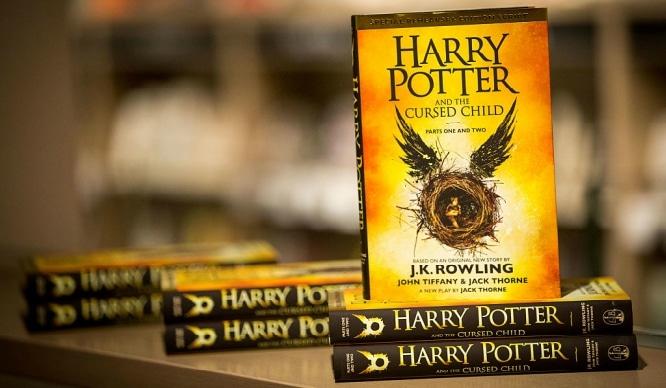 El nuevo libro de Harry Potter llega a las librerías de Sevilla este miércoles