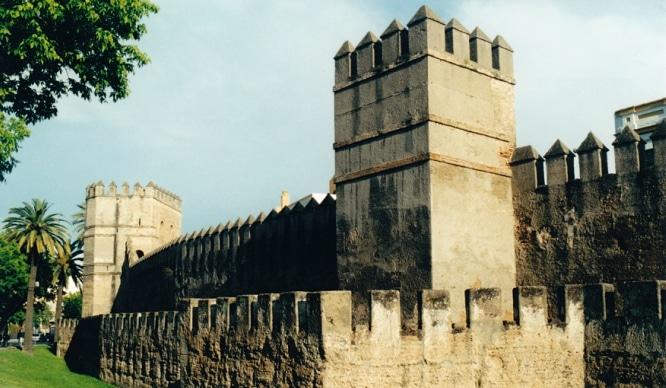 Se descubre en la muralla de la Macarena más de 6 toneladas de basura