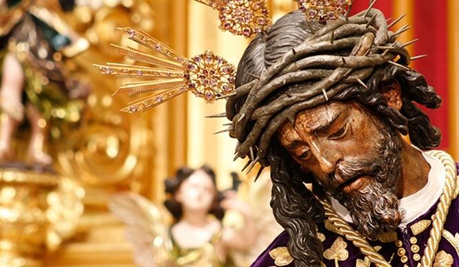 12 imágenes que nos ha regalado la Salida Extraordinaria del Cristo del Gran Poder