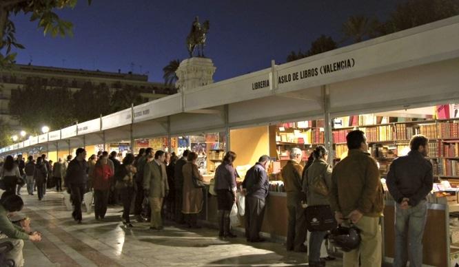 La Feria del Libro Antiguo y de Ocasión vuelve a Sevilla