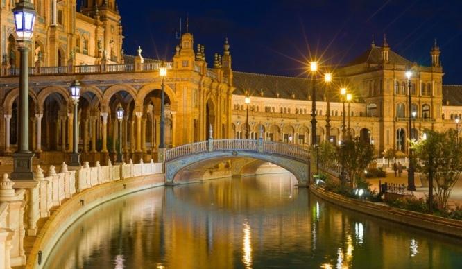 Sevilla será uno de los principales destinos para escapadas en 2017