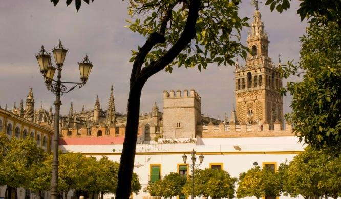 ¡Adiós días grises! Llega la primavera anticipada a Sevilla