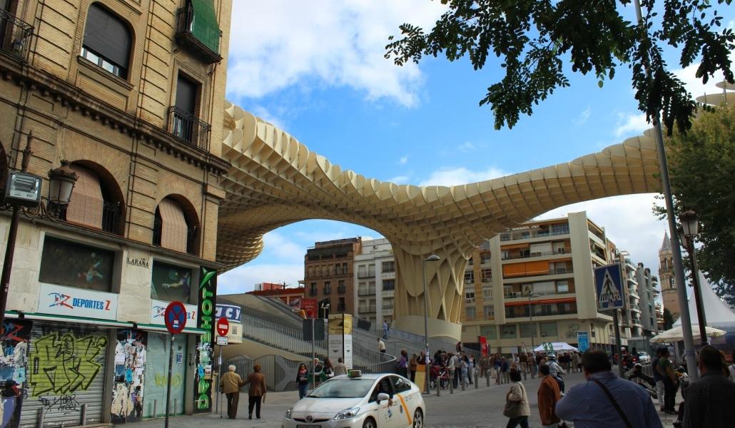 Este domingo los libros y la música sustituirán el tráfico en el centro de Sevilla