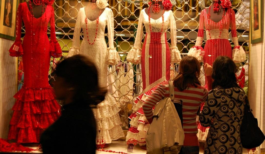«Estrenar» traje de flamenca gratis en la Feria será posible