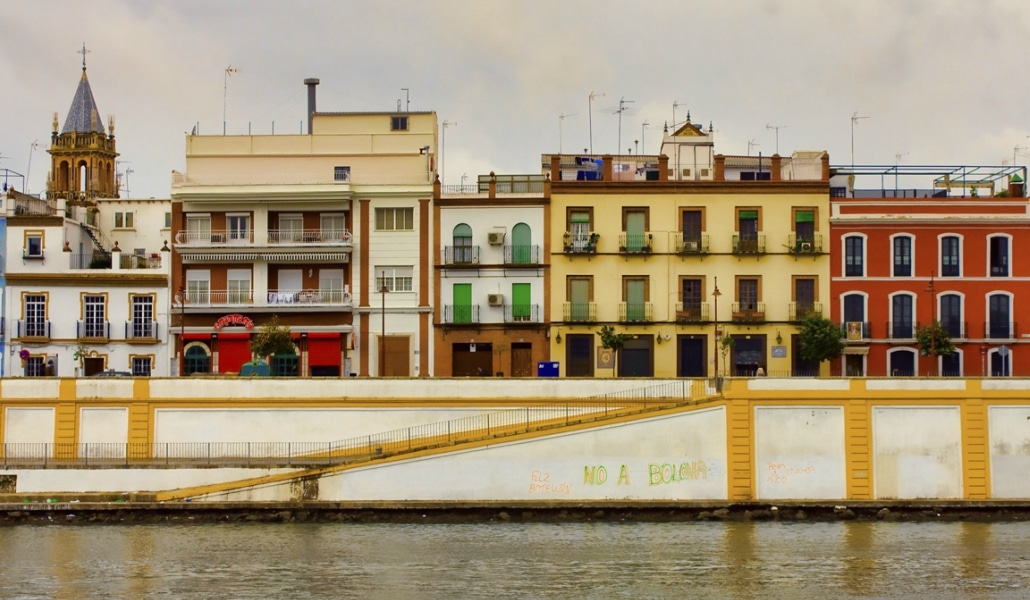 Se abre el debate para peatonalizar la calle Betis