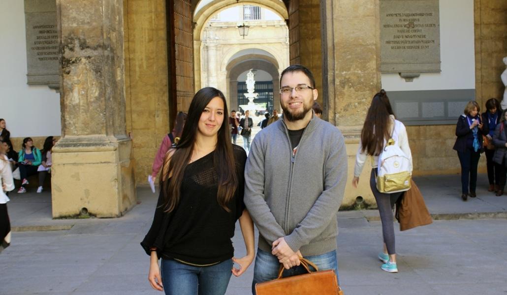 Dos sevillanos quieren crear la Academia Andaluza de la Lengua