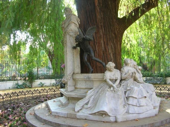 Monumento a Becquer Parque de Maria Luisa Sevilla