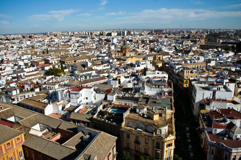 7 Barrios de Sevilla se encuentran entre los 15 más pobres del país