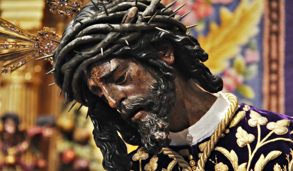 Un Cristo viene a verme: la visita del Gran Poder a un exfutbolista