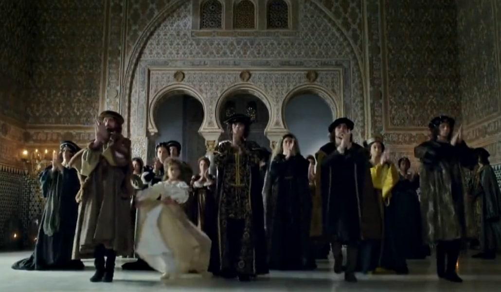 La corte de los Reyes Católicos baila flamenco en el Real Alcázar en una serie de HBO