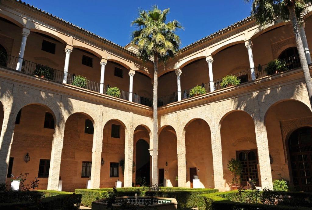 Palacio de los Marqueses de la Algaba: una ruta por el mudéjar sevillano