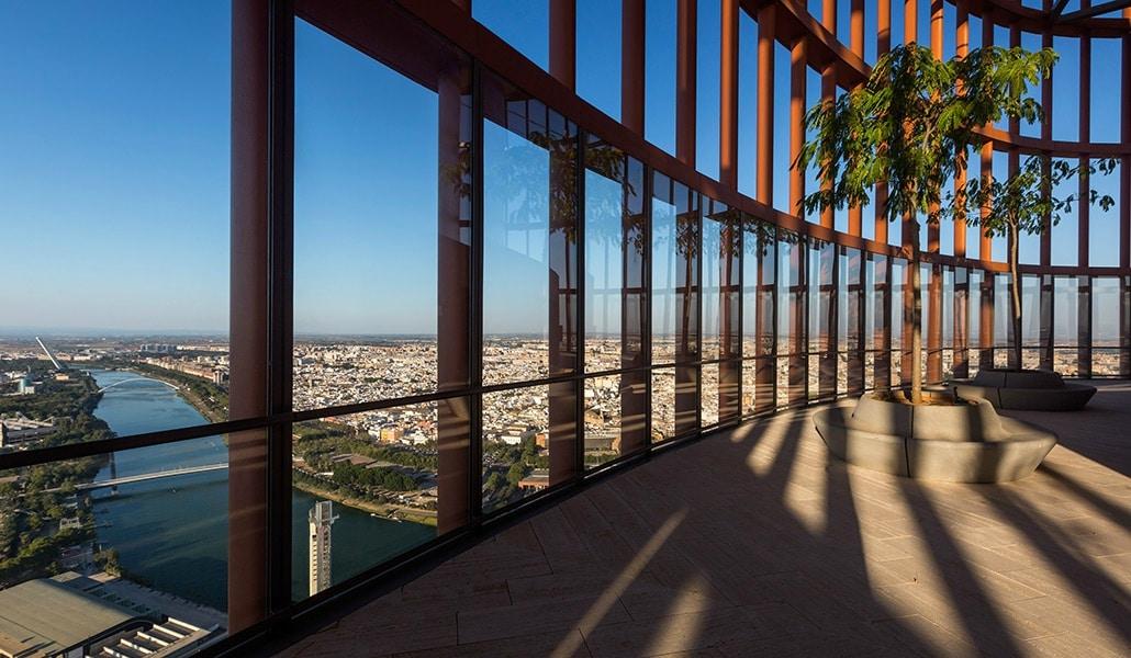 El hotel de Torre Sevilla no abrirá el 1 de septiembre