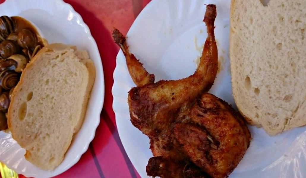 Sevilla, la única ciudad en la que se come pajaritos