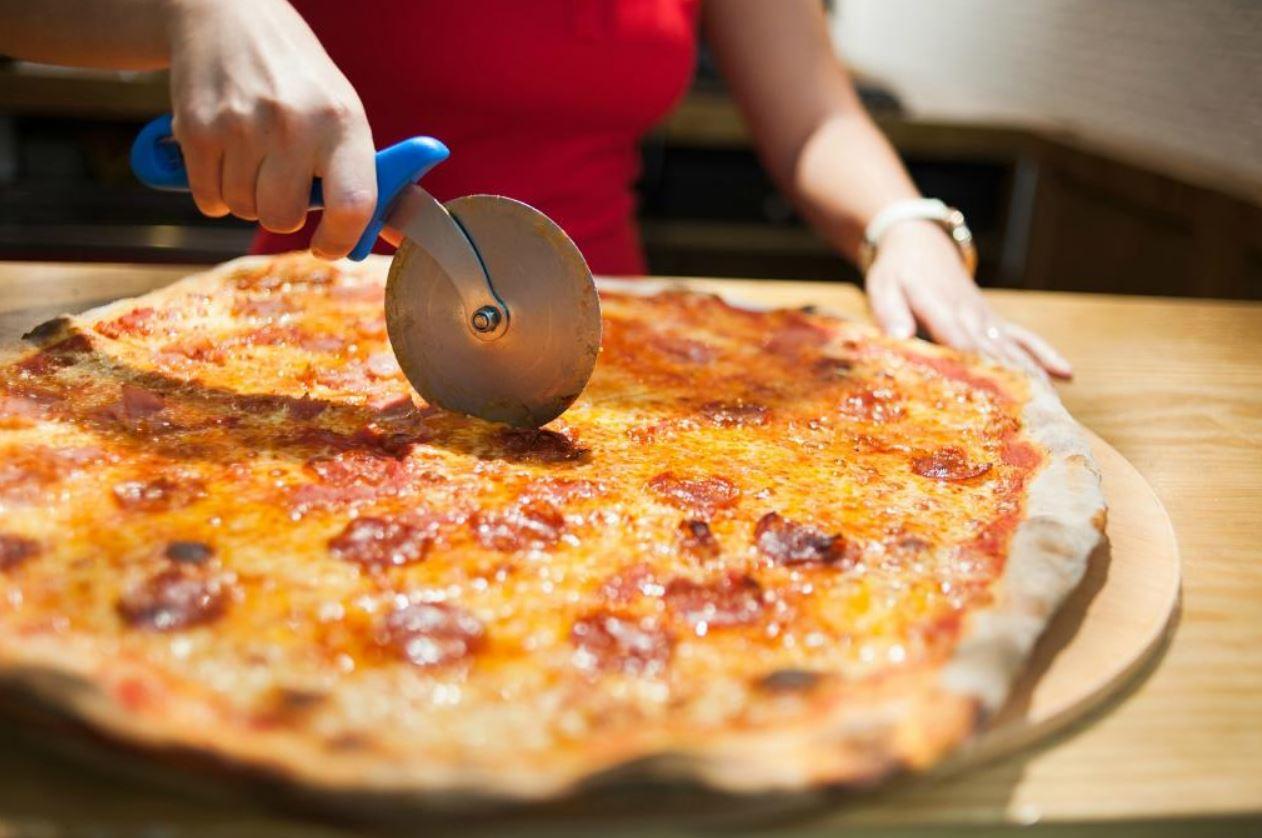 zoom pizza Sevilla