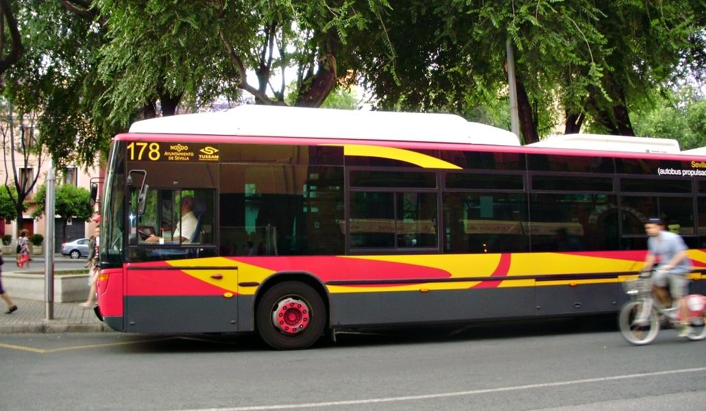 Se estrena la linea rápida de bus de Sevilla Este con el centro