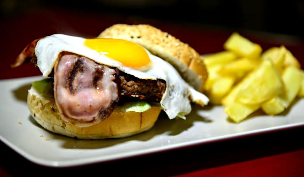5 Lugares de Sevilla recomendables para pedir comida a domicilio