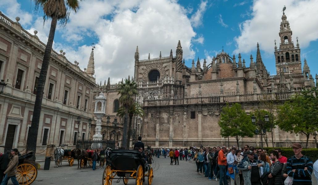 Sevilla aparece en una lista como una de las 10 mejores ciudades españolas