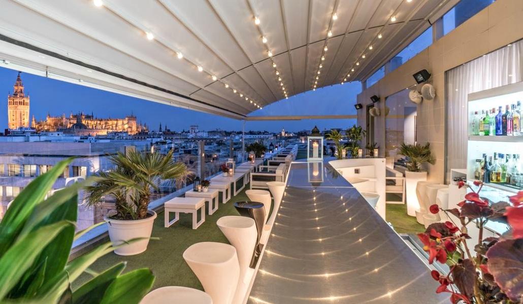 Perro Viejo y el Hotel Inglaterra abrirán un bar en Plaza Nueva
