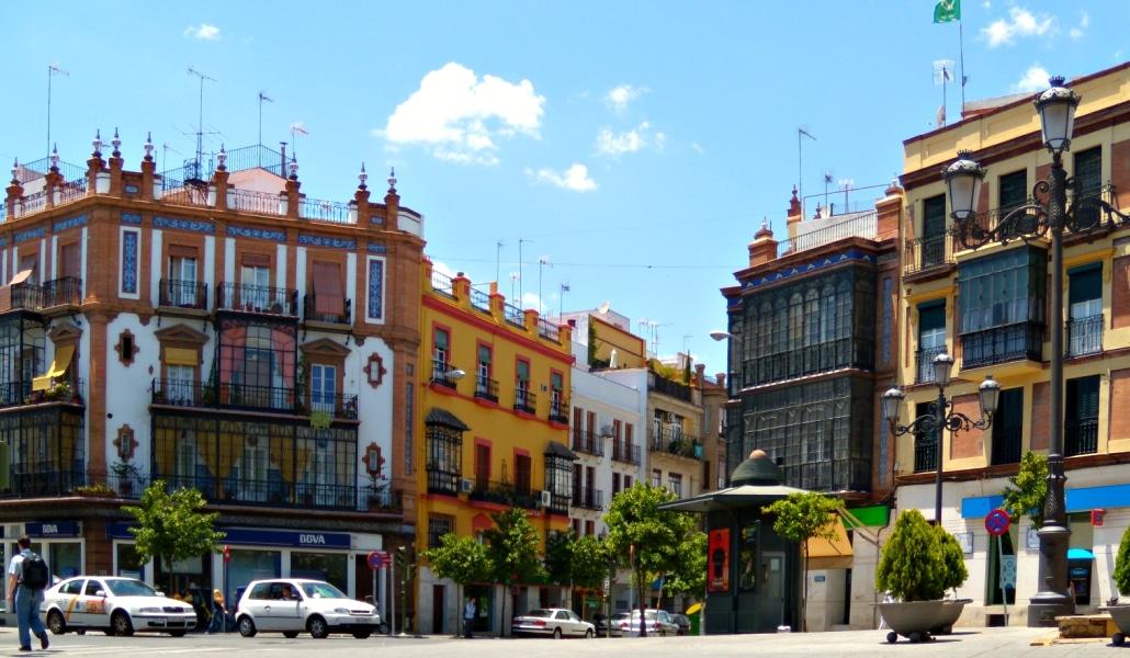 Triana, el barrio más emblemático y desconocido de Sevilla
