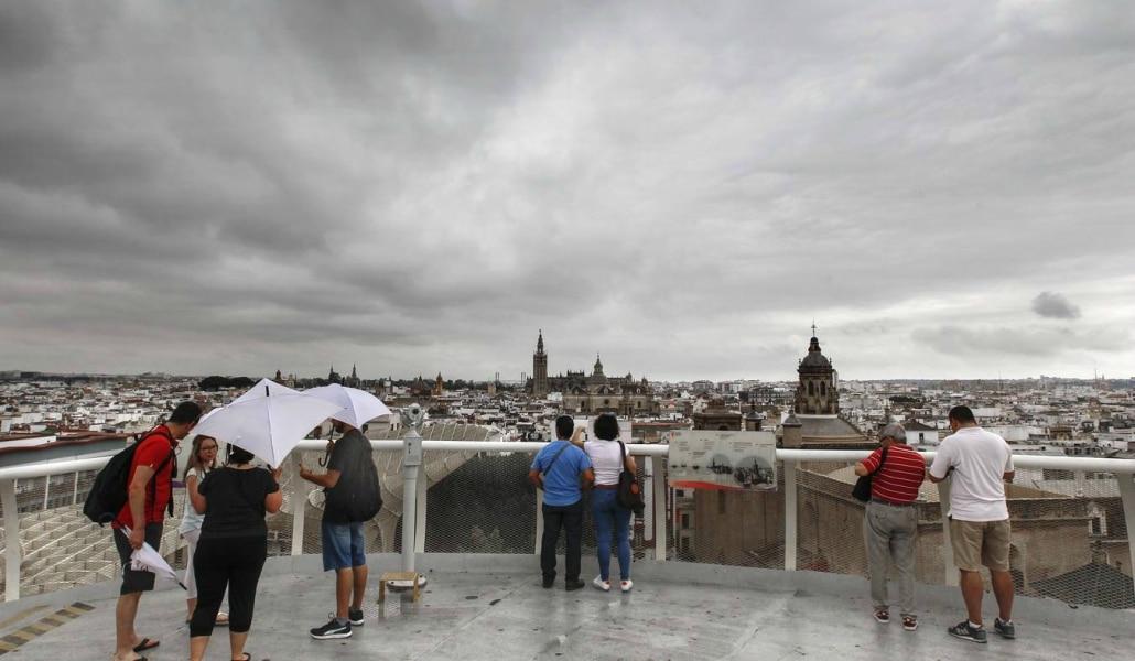 Lluvia y bajada de temperaturas en Sevilla