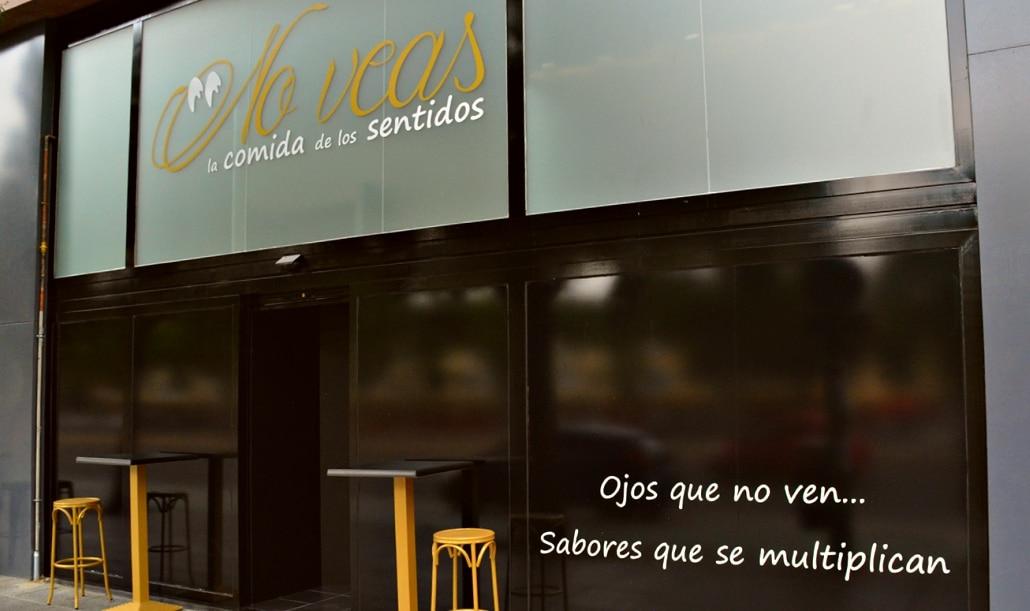 No veas: el restaurante de Sevilla en el que se come a ciegas