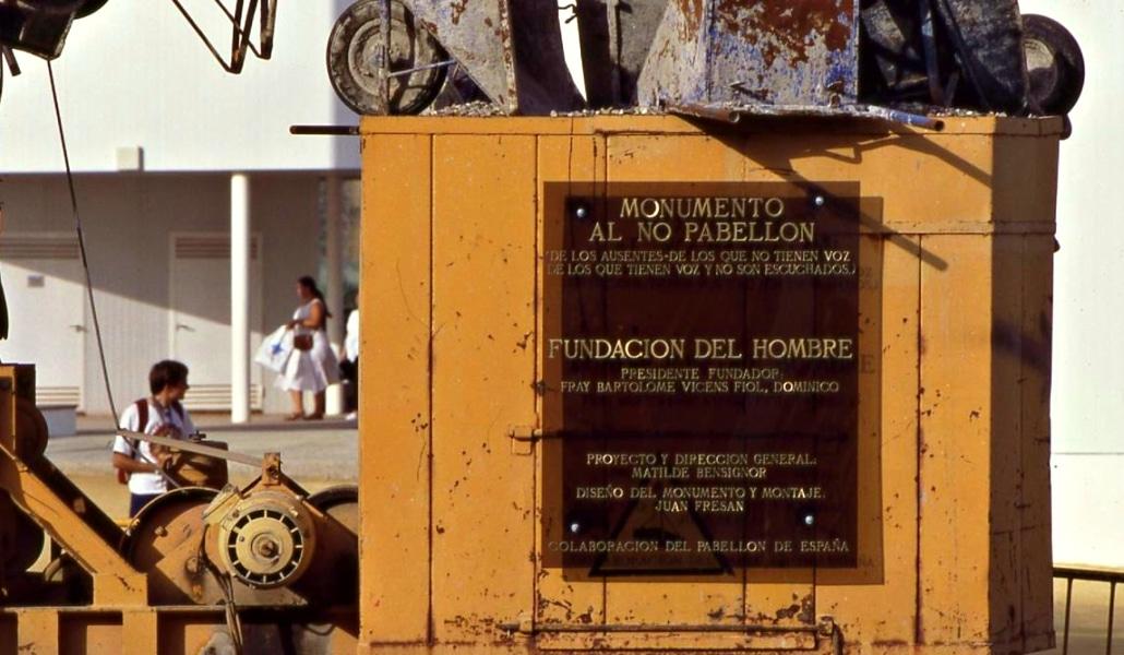 Monumento al No Pabellón: así se convirtió la Expo'92 en universal