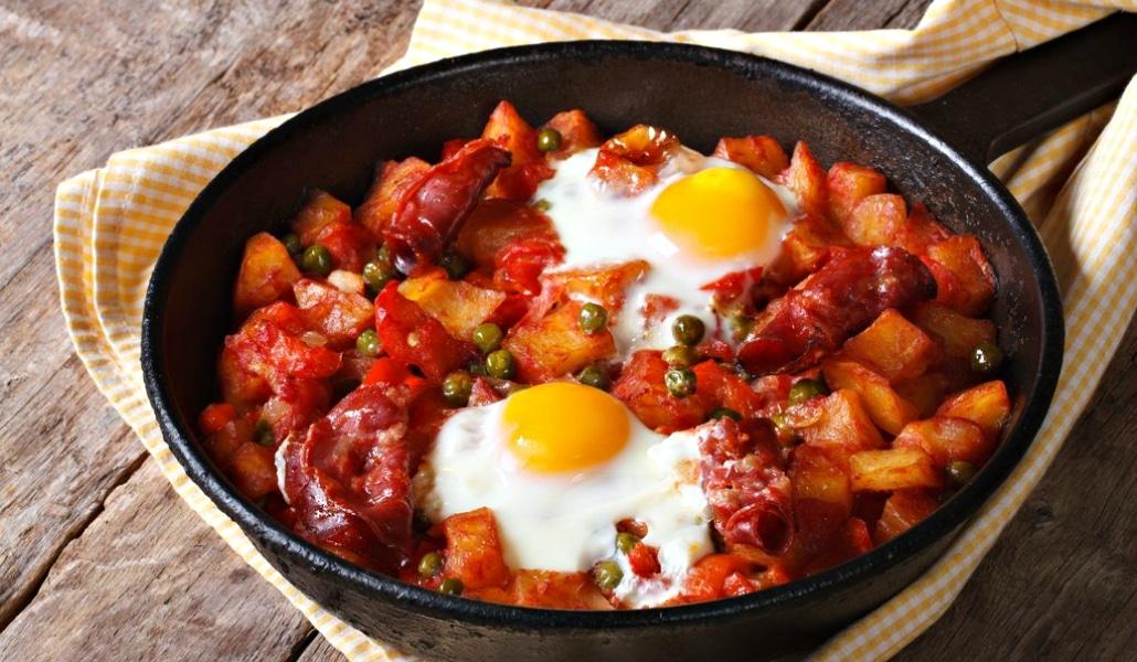Los huevos a la flamenca, el monumento gastronómico sureño