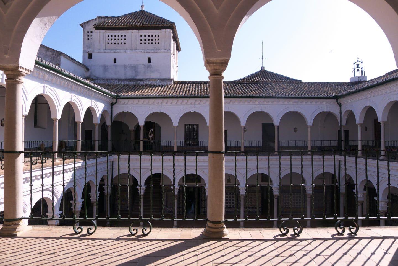 claustro_Santa_Paula_Sevilla