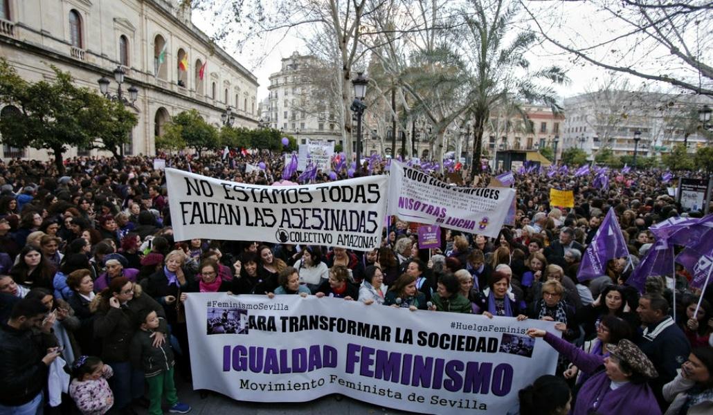 Éxito histórico en la manifestación feminista de Sevilla