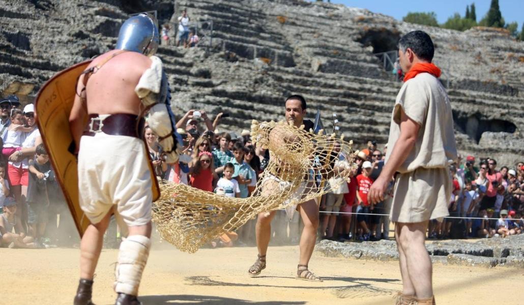 Vuelven los combates de gladiadores a Itálica