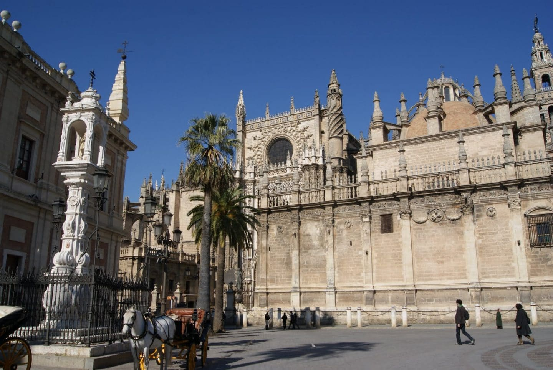 plaza-del-triunfo-sevilla