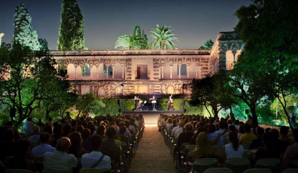 Planes para vivir en Sevilla el sueño de una noche de verano