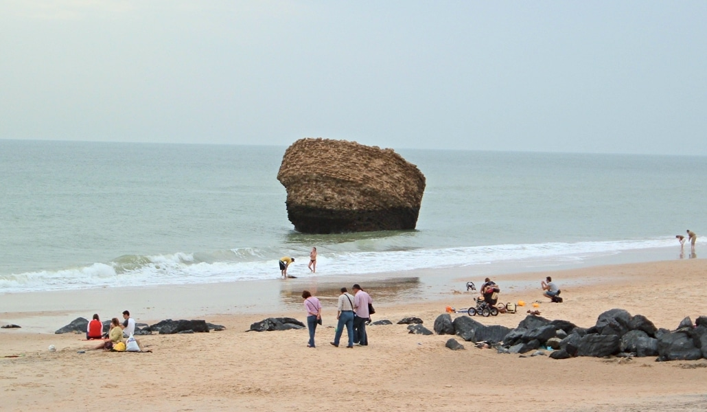 Dos sevillanos reclaman una playa en propiedad en Matalascañas