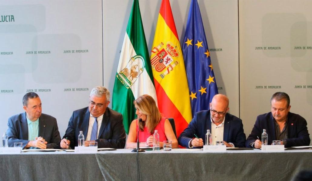 Se reduce la jornada laboral de los funcionarios andaluces a 35 horas