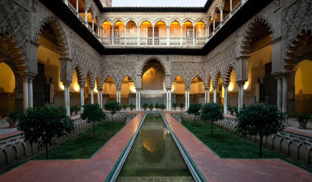 Se rueda en el Alcázar la serie 'La princesa española'