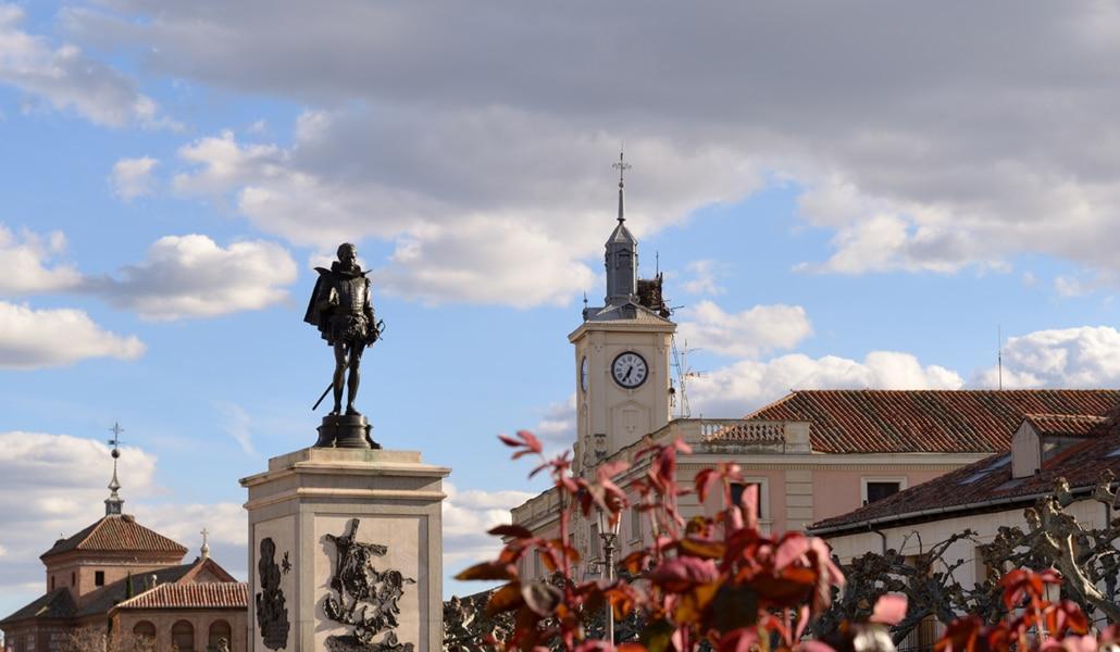 Alcalá de Henares y Sevilla, un viaje al Siglo de Oro