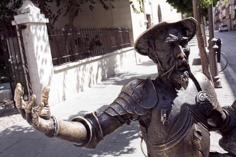 alcala-de-henares-estatua-quijote