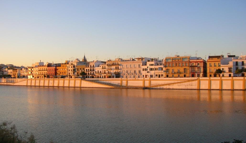 Sevilla tendrá otro acceso al río desde la calle Betis