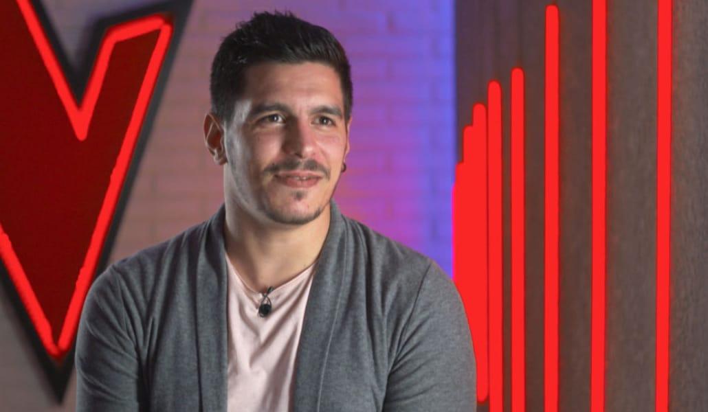 Un ex futbolista sevillano enamora al público de La Voz
