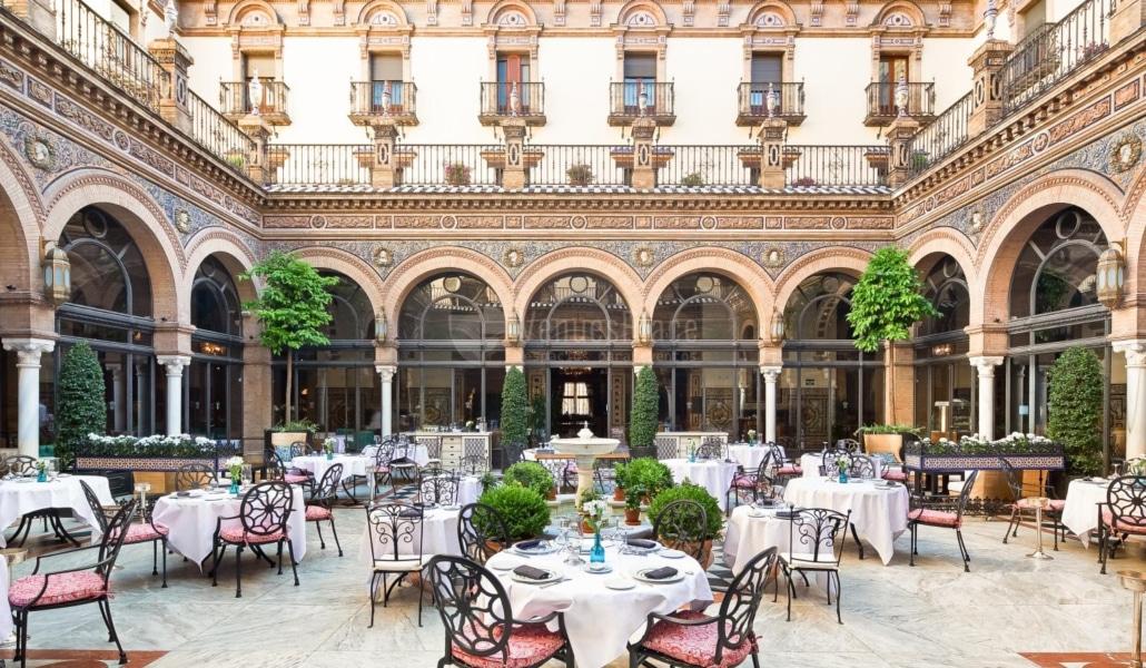 El mejor lugar de Sevilla para desayunar como un rey